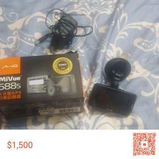 【降價求售】Mio Mivue 688s 行車記錄器【二手|可使用】