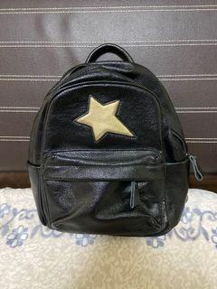 星星後背包🤩(特價免運費)