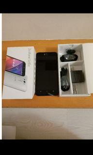 拍賣 極新 ASUS ZenFone Selfie 白色 功能正常 盒裝 配件齊全 台北可面交!!