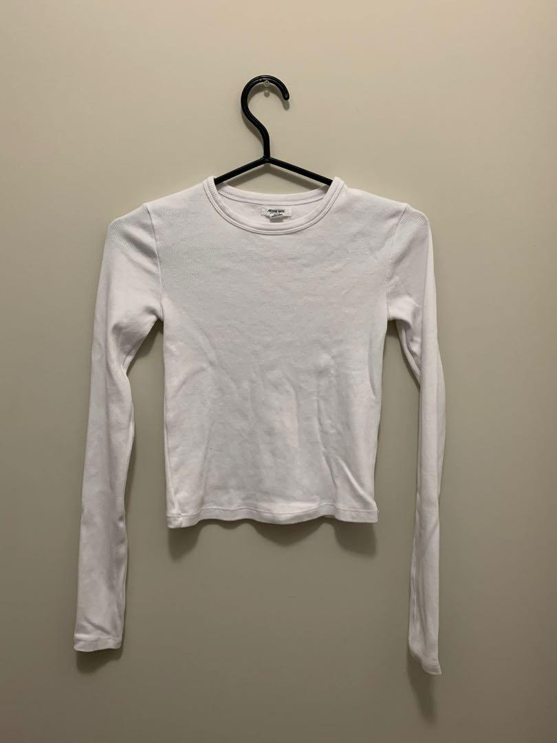 BRAND NEW White Cropped Tee