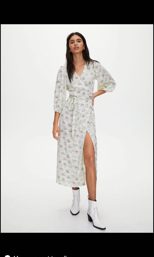 BRAND NEW WITH TAGS - Aritzia Maxi Wrap Dress