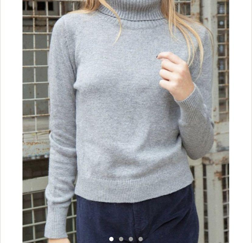 Brandy Melville Cassia Turtleneck