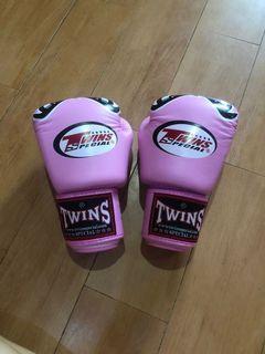 Glove muaythai sarung tinju twins original