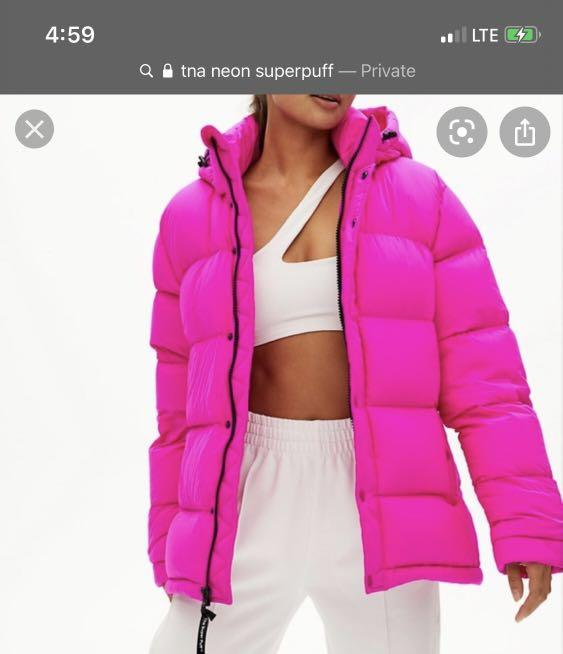 LOOKING FOR Tna Neon Superpuff