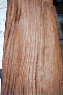 Mahagony wood plank