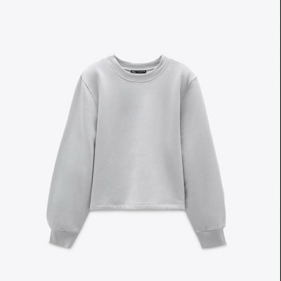 Sweater w Shoulder Pads -Zara