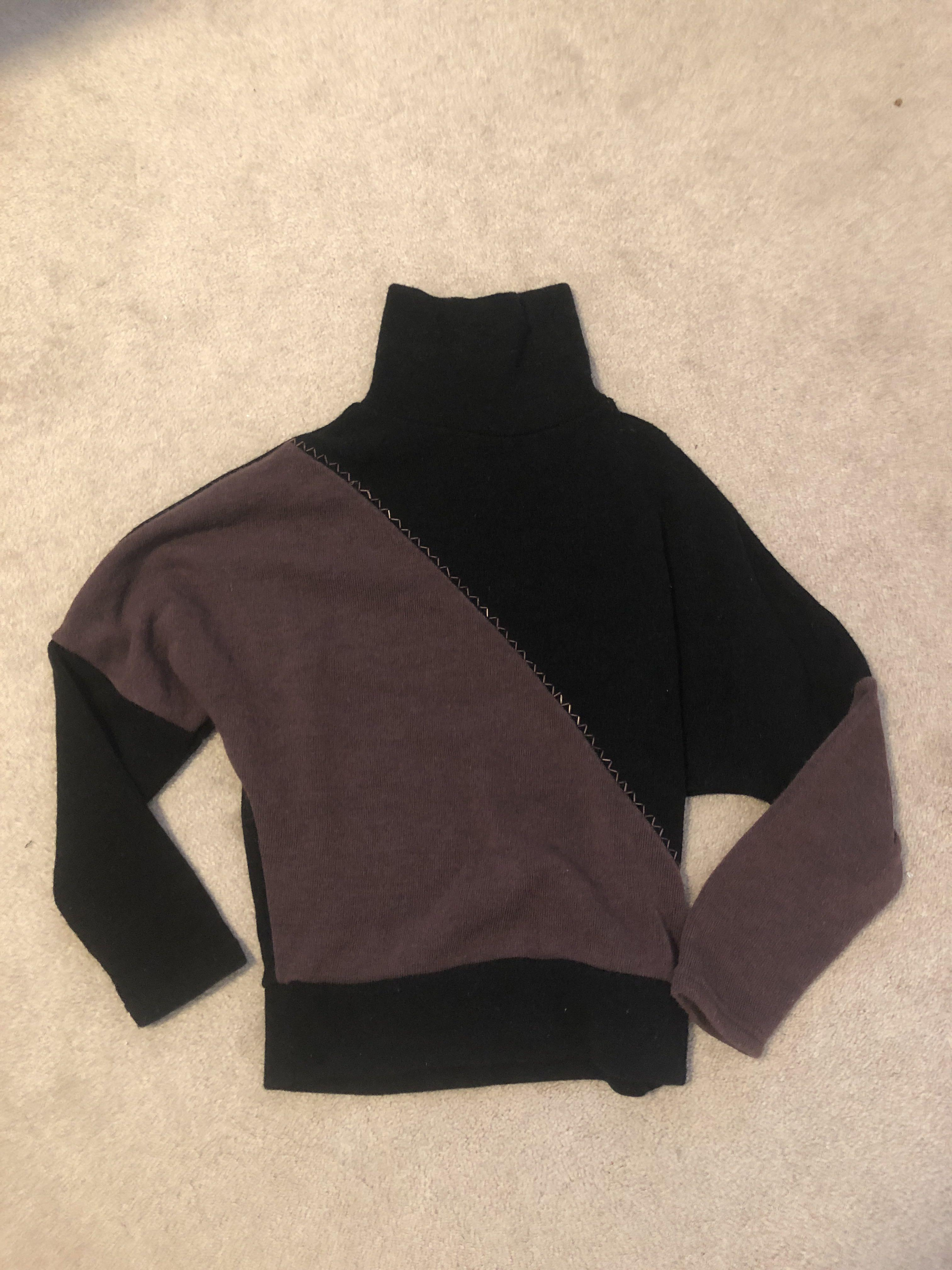 Two Toned Sweater | Size S/M