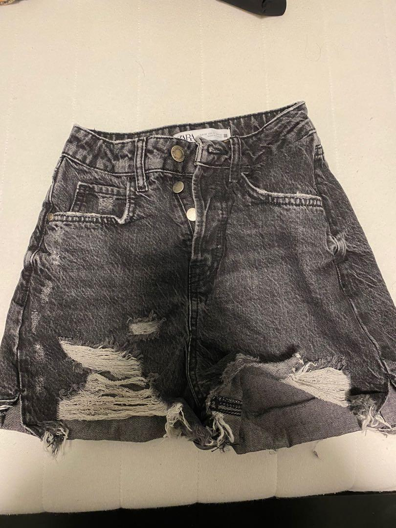 ZARA Hi rise Distressed shorts