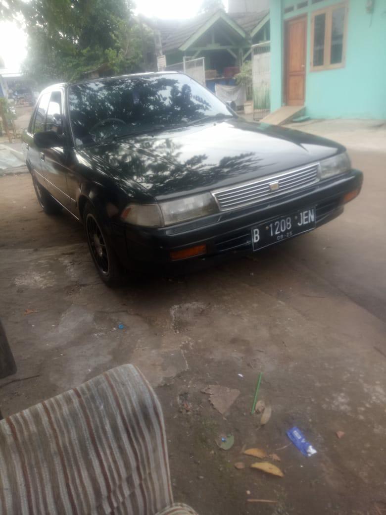 Corolla 2000 thn 1989