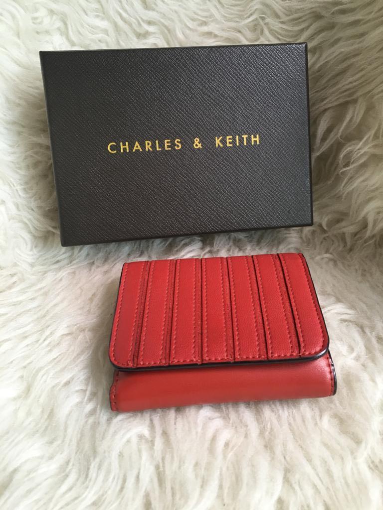 Dompet Charles & Keith ori