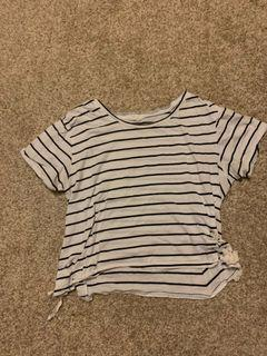 Striped tee with cross cross laces on the side
