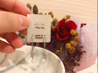 ღ𝘊𝘏𝘐𝘌𝘏 𝘚𝘏𝘖𝘗ღ 日本製簡約垂墜精美耳環-高貴銀