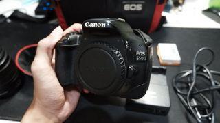 CANON 550d jual  cepat, mau upgrade  kamera, bonus 3 batre!