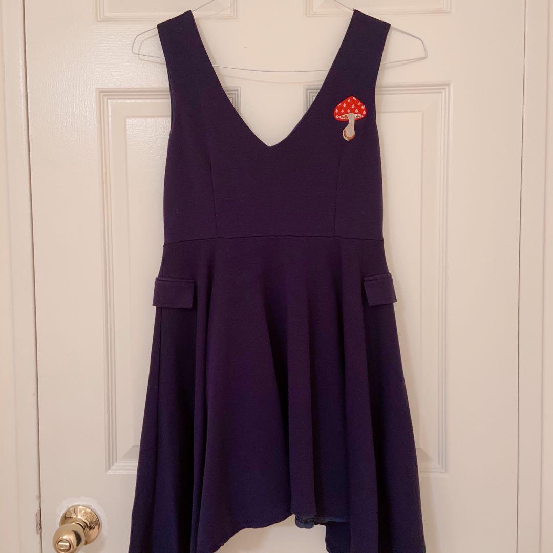 Dark blue v neck mini dress