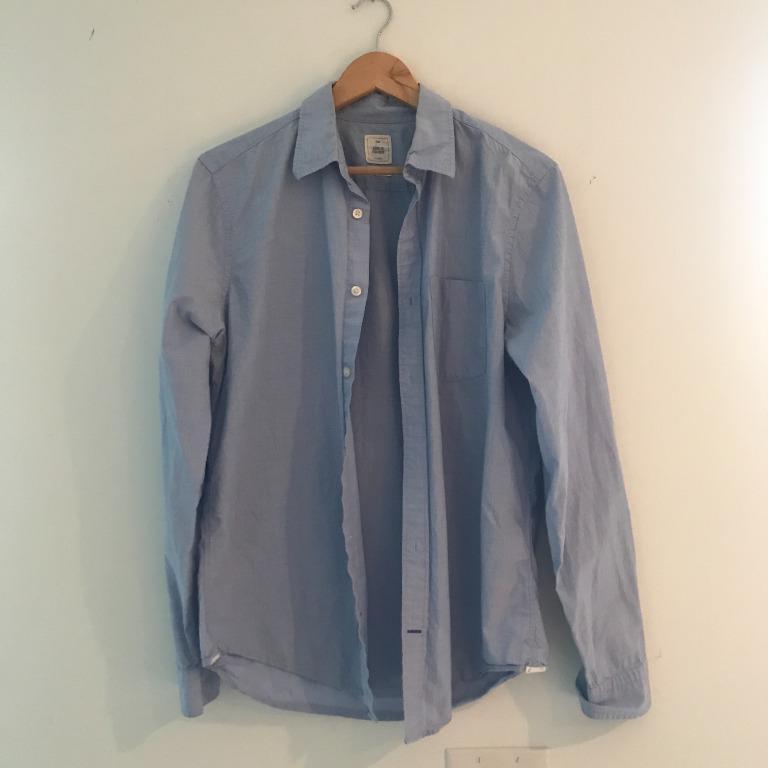 GAP Men's Blue Button Down Dress Shirt