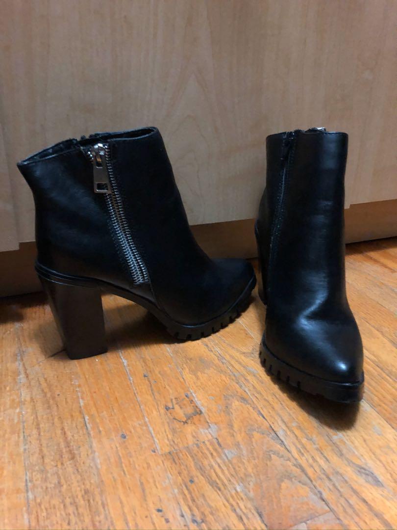 Mossimo Black Heeled Platform Shoes