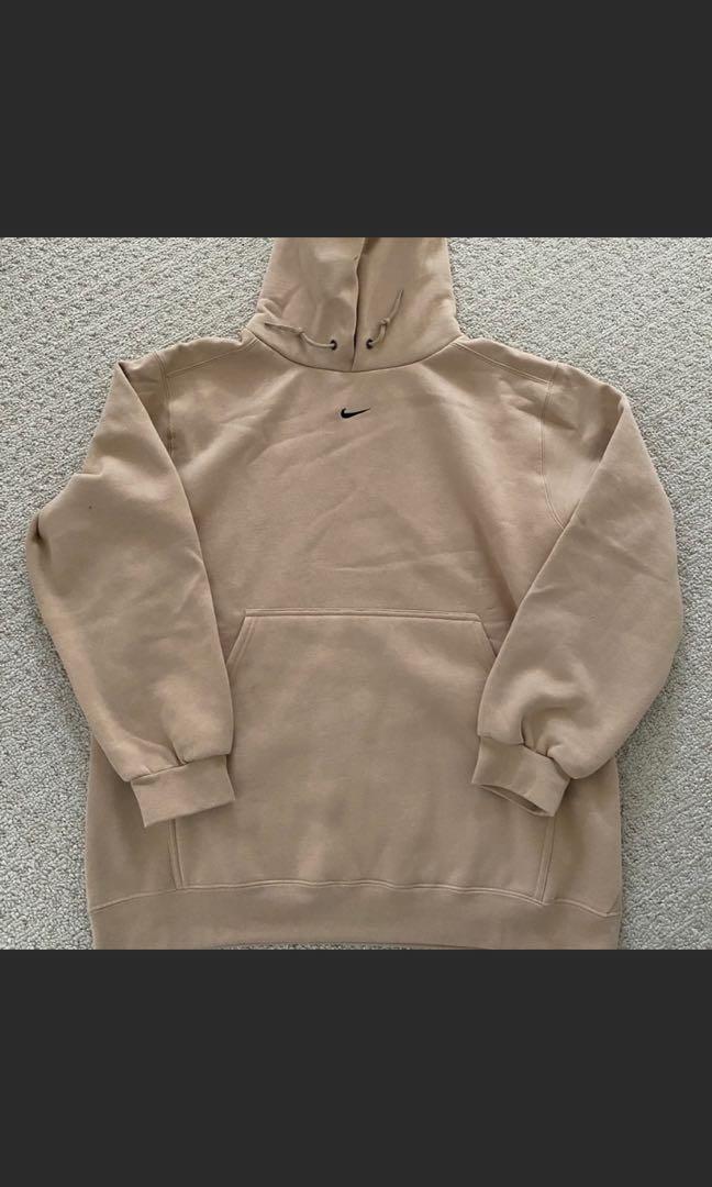 Nike hoodie (tan)