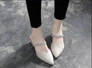 尖頭涼鞋👡