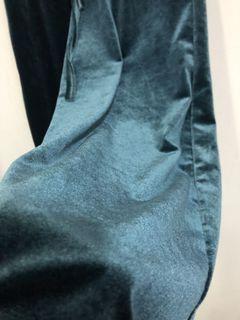 藍綠色絨布褲