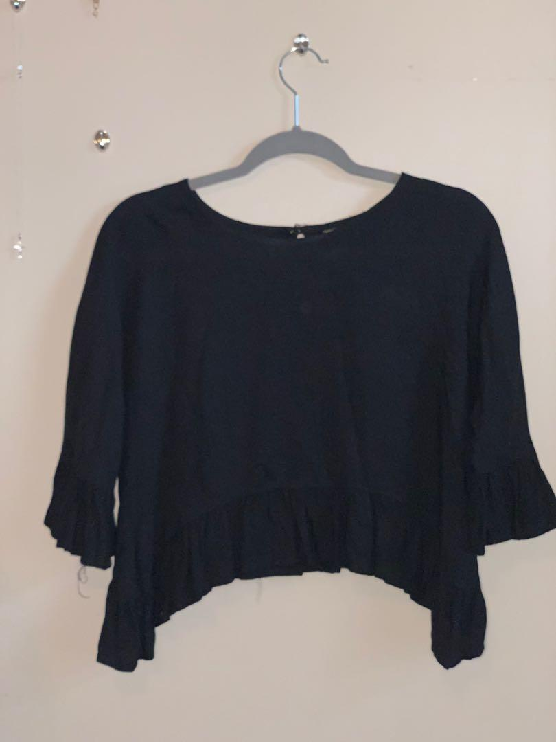 Black Cropped Top Size S