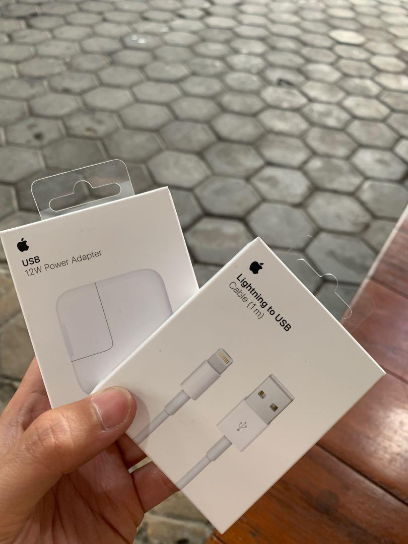USB Power Adapter & Lighning Cable for iPhone