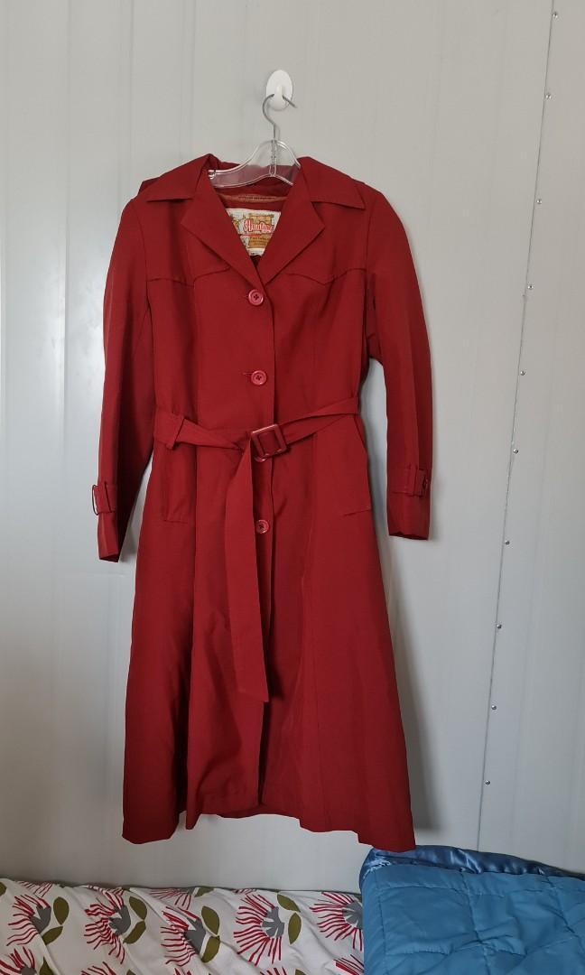 Vintage red coat w/ hood