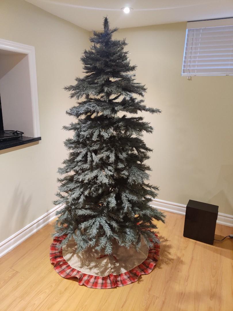7.5 Foot Christmas Tree