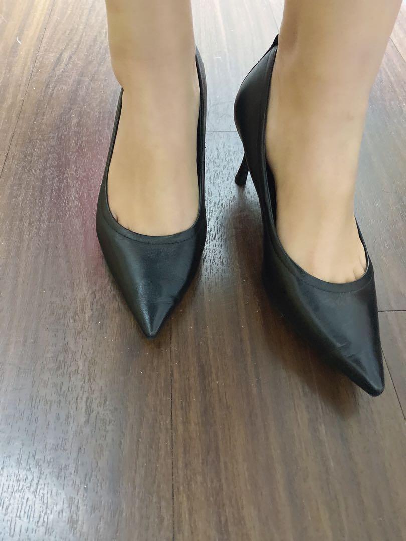 柔軟好穿的小羊皮高跟鞋👠黑色🖤