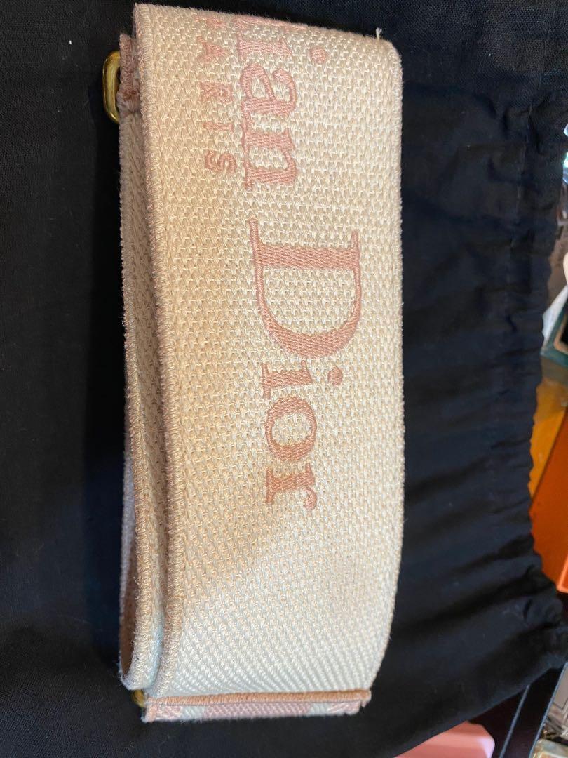 Dior寬背帶