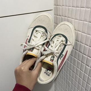 FILA帆布鞋-加贈綠鞋帶