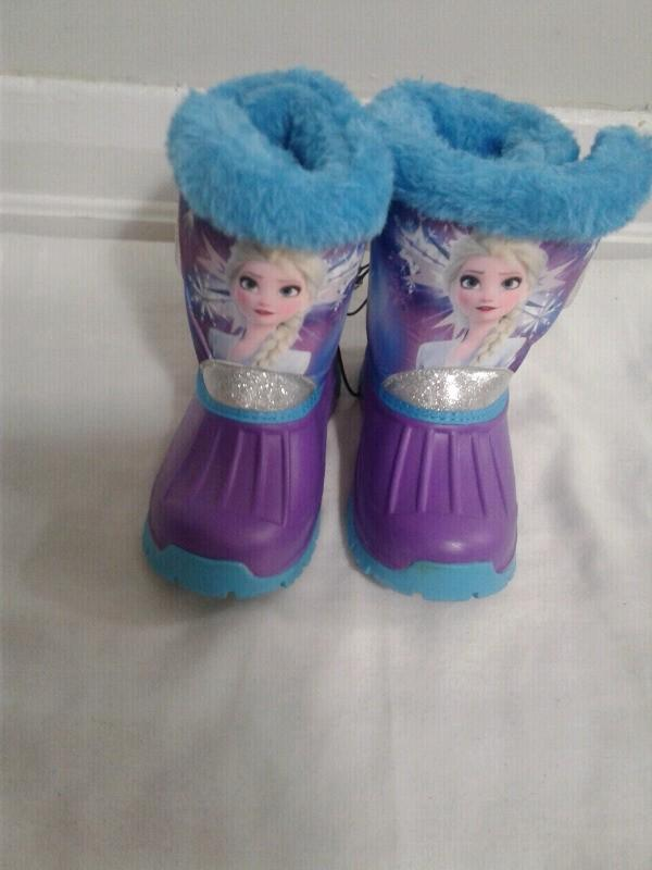 New brand, Size 10, Disney Toddler winter boots, lights up