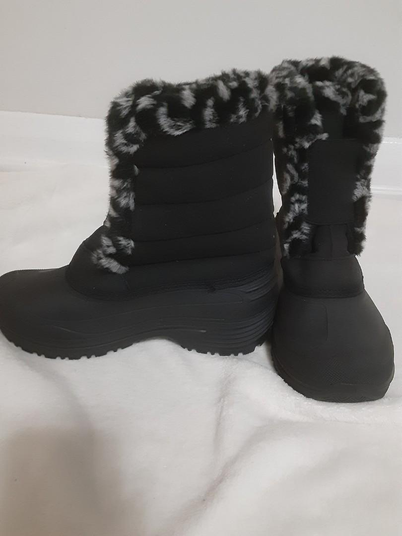 New Brand, Size 6, Women's  winter boots