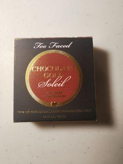Too Faced - Chocolate Gold Soleil, Long-Wear Gilded Bronzer LUMINOUS (New & Unused) 2.8g