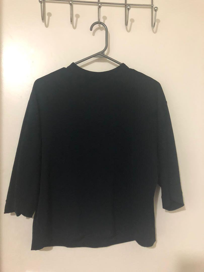 Uniqlo 3/4 sleeve top