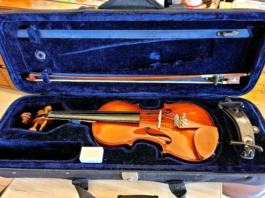 《 美第奇樂器》二手小提琴1/2 進階半手工等級( 狀況佳在無需整理) 使用不到整套配件全贈送
