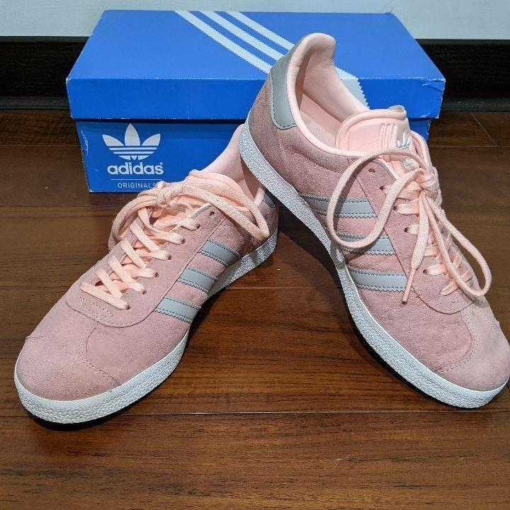 愛迪達 櫻花粉運動鞋