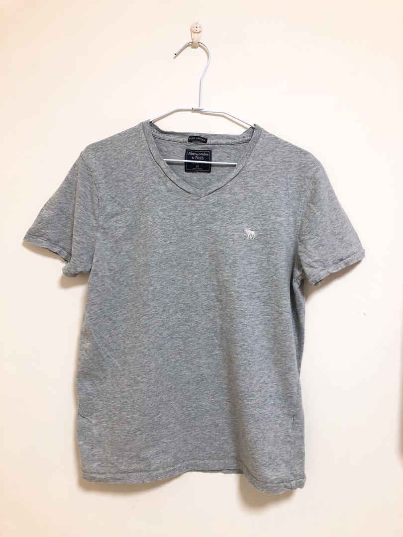 Abercrombie & Fitch A&F 純棉V領T-shirt 灰色男款 XS