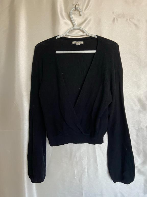 American Eagle - Black Crop Wrap Sweater - Large