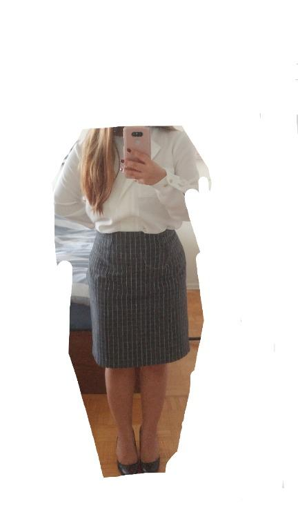 Banana Republic - Grey Fitted Skirt - Size 12