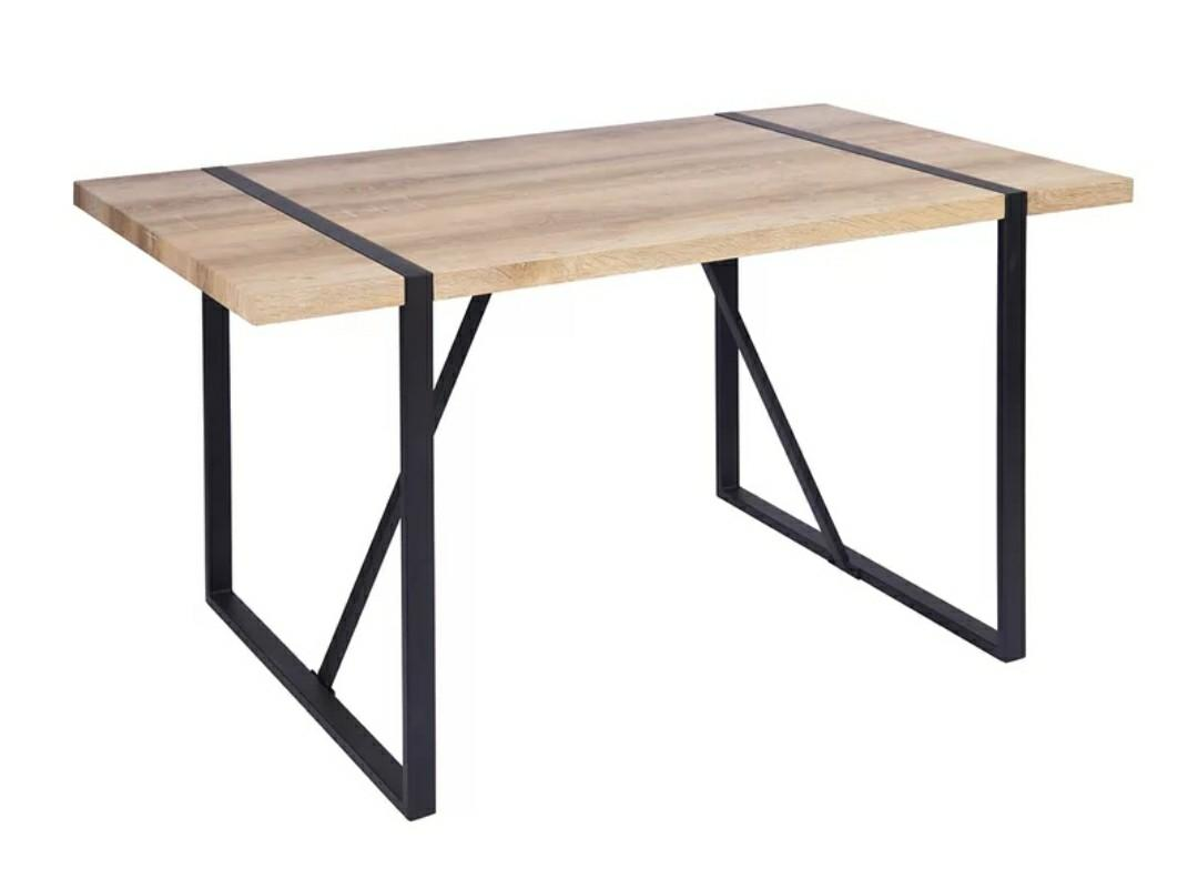 Brand new - Classic DINING TABLE (Wood color)