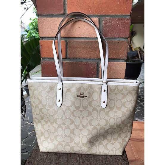 COACH Signature Zipper Tote Bag