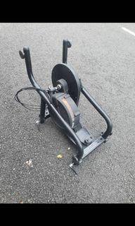 D2R Bicycle Trainer