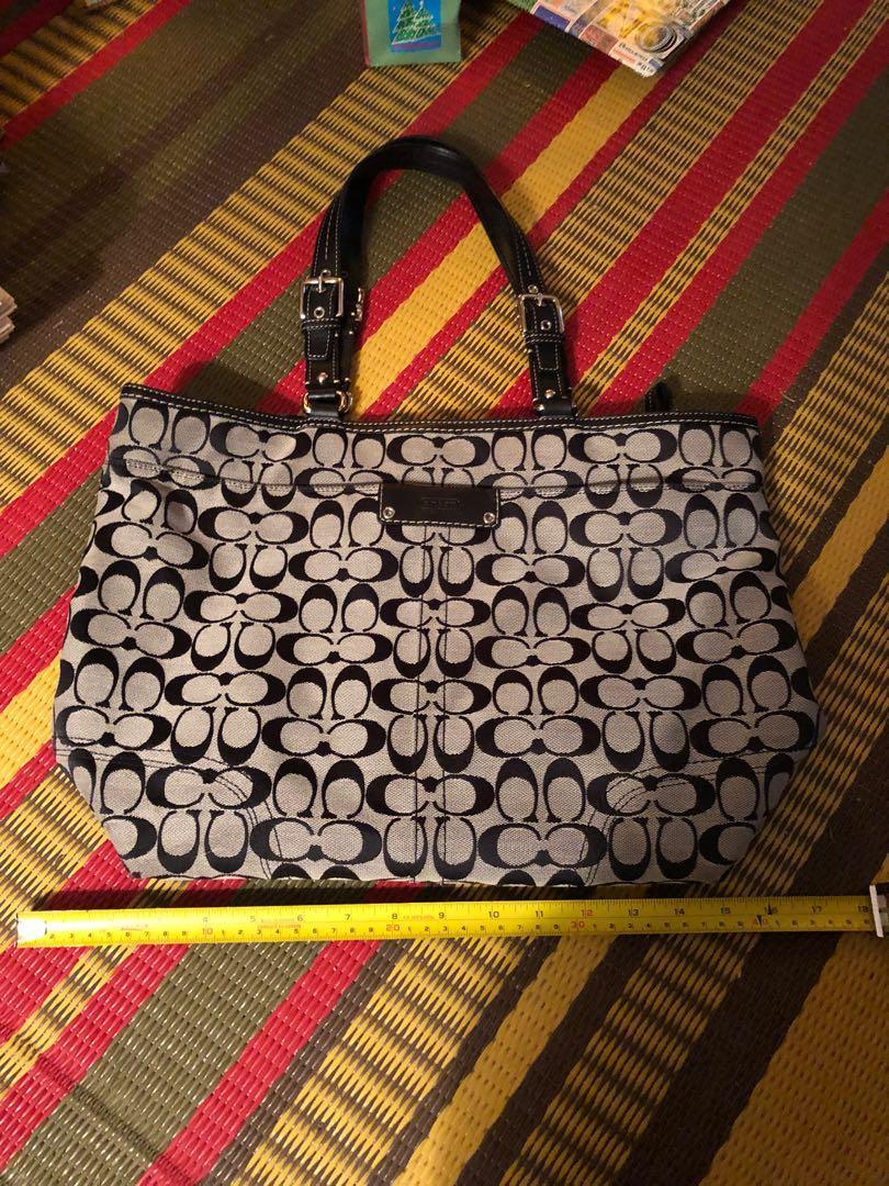 Large roomy authentic Coach tote purse handbag