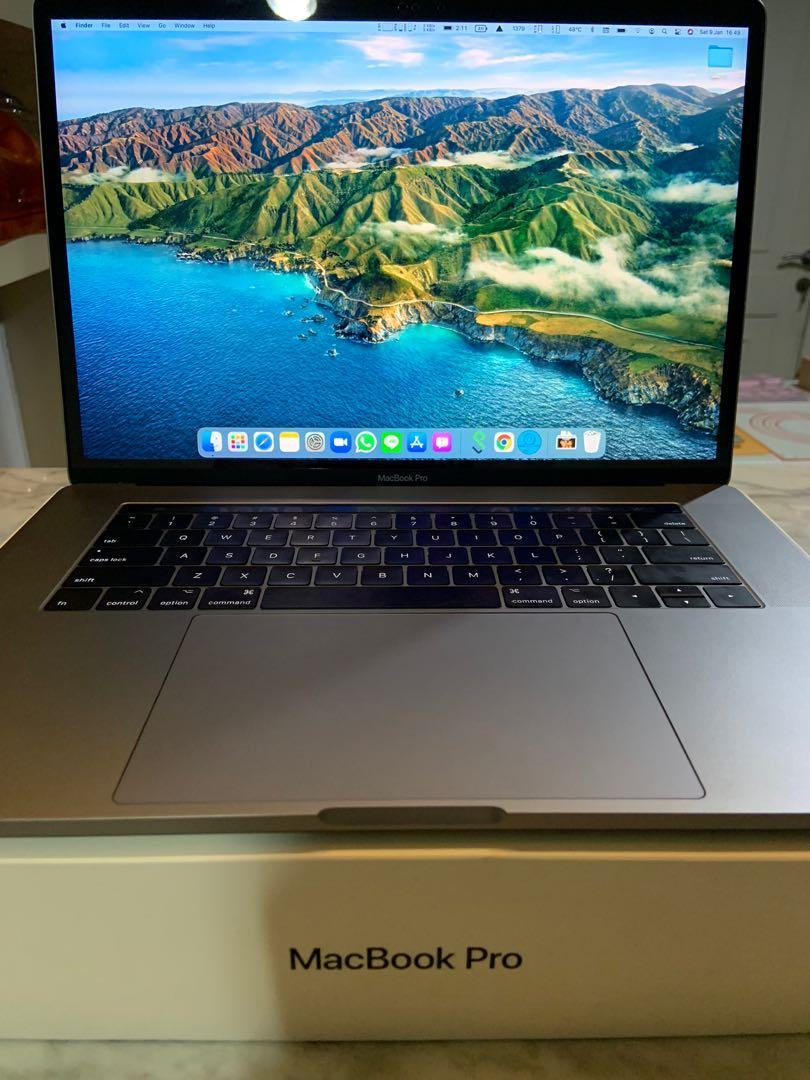 Macbook Pro 15 Inch 2017 i7 512GB