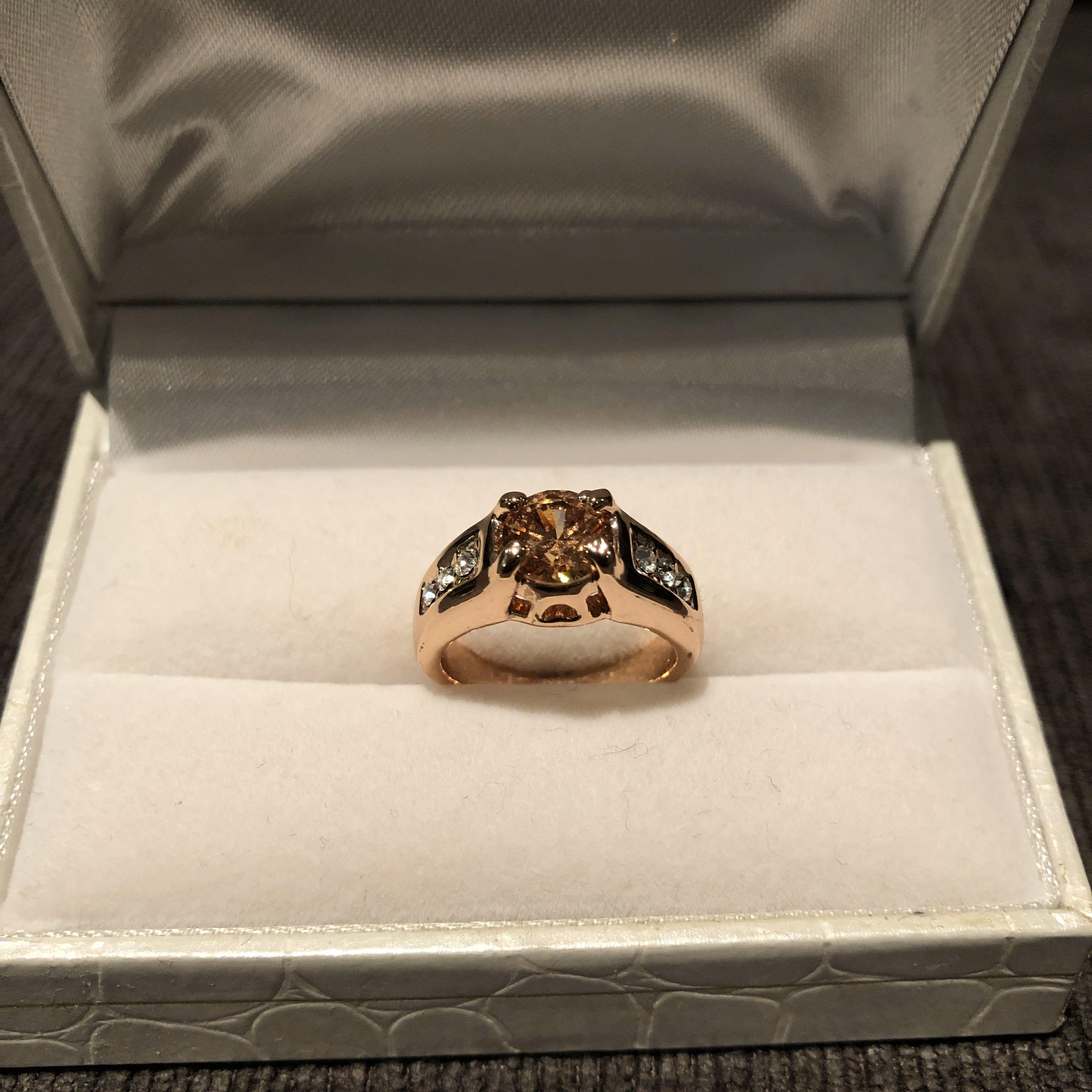 New Solitaire Ring (Free Shipping)