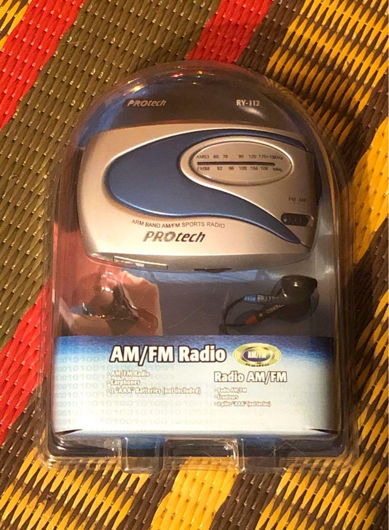 NEW vintage Protech AM/FM armband sports radio