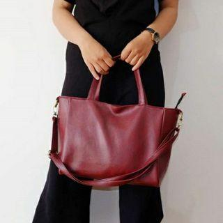 Basic Sling Bag Burgundy