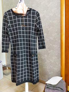 專櫃品牌毛料洋裝