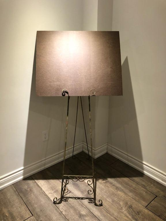 Excellent Condition Folding Easel for artwork, wedding, etc