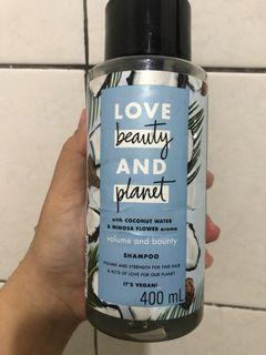 Love Beauty Planet Shampoo Coconut